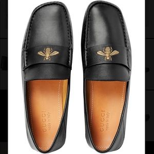 Gucci leather drivers with bee loafers black 5 1/2